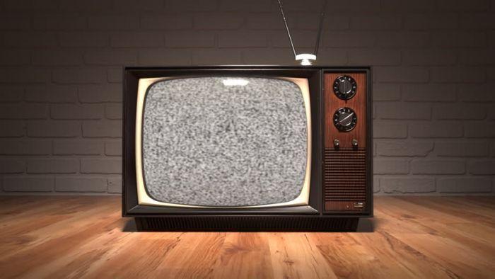 So kannst du englisches Fernsehen im Ausland sehen
